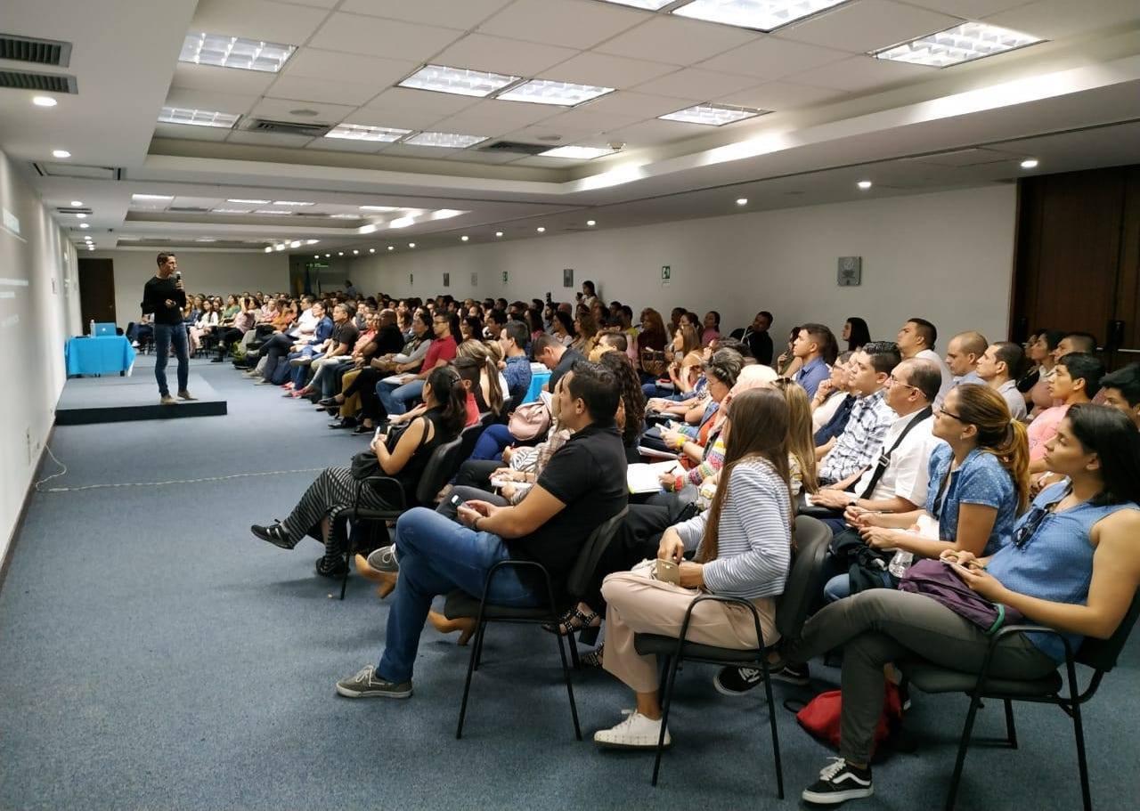 conferencia medellin, colombia